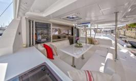 Sunsail 404 Cockpit